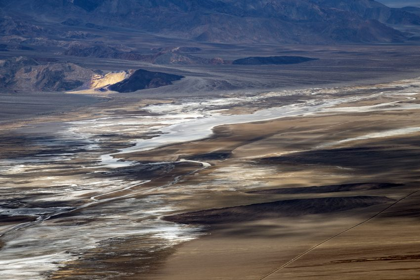 "Death Valley, vue depuis  ""Dantes view"" 1665 m, 36° 13' 14"""" N 116° 43' 36"" W californie, USA, 9 mars 2020"