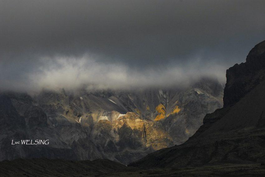 Ombre et lummière sur la côte Est, Islande 2012