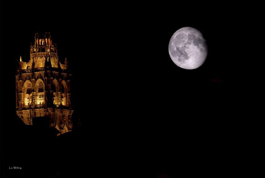 La tour de la Madeleine depuis ma fenêtre, 2006