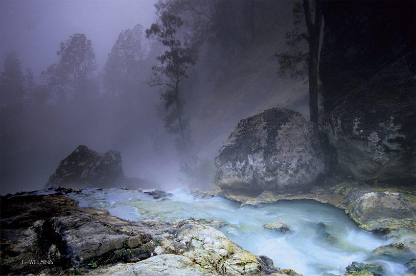Hot Springs dans le cratère du Rinjani, Lombok, Indonésie , juillet 2012